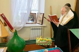 Архипастырь освятил купол и крест подворья монастыря святого Кукши