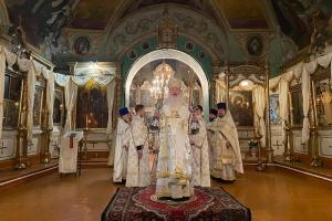 В Неделю по Рождестве Христовом Владыка Тихон совершил Литургию в Болхове