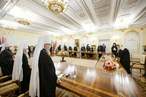 В Даниловом монастыре завершилось заседание Священного Синода Русской Православной Церкви