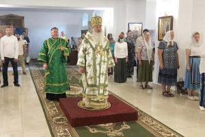 В день памяти прп. Сергия Радонежского Владыка Тихон возглавил Литургию в Вятском Посаде