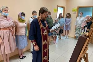 Орловскому центру помощи детям с онкогематологическими заболеваниями подарена икона святого Серафима Саровского