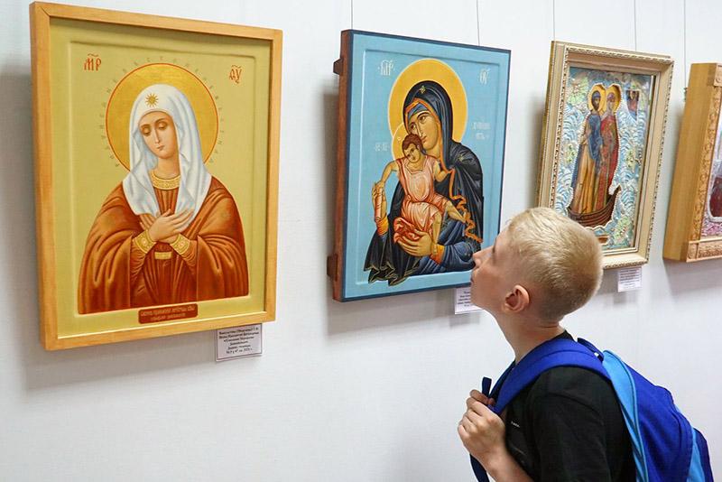 Выставочный проект «Культурные и духовные ценности православных храмов Орловщины» открылся в краеведческом музее